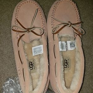 Brand new ugg slippers size 9